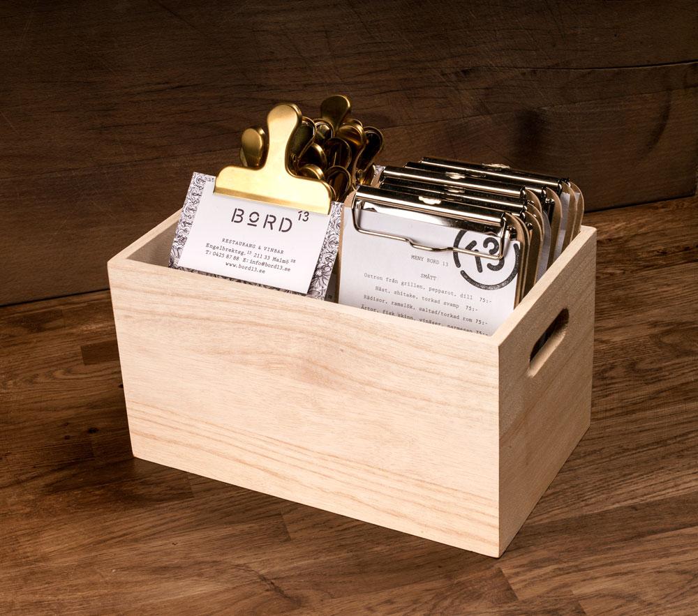 bord13_woodenbox