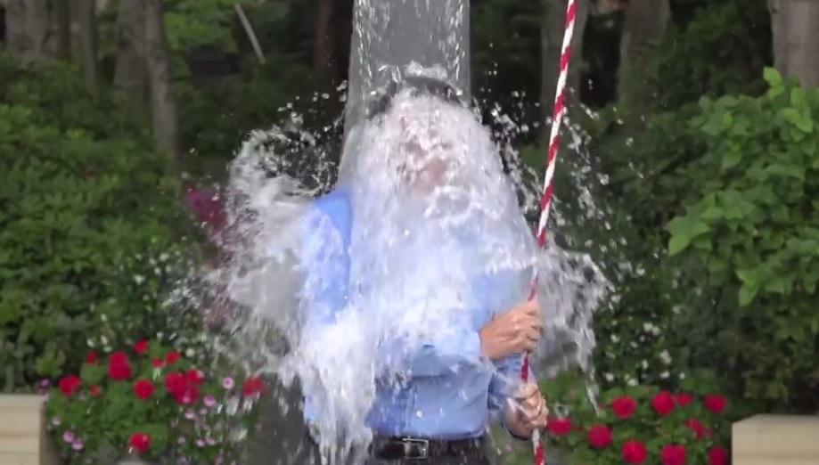 ice bucket challenge Bill Gates