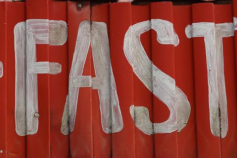 Fast Moving Consumer Content - Content Amp
