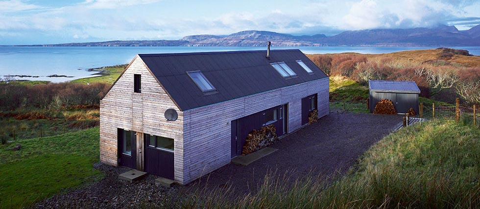 A contemporary, sustainable longhouse