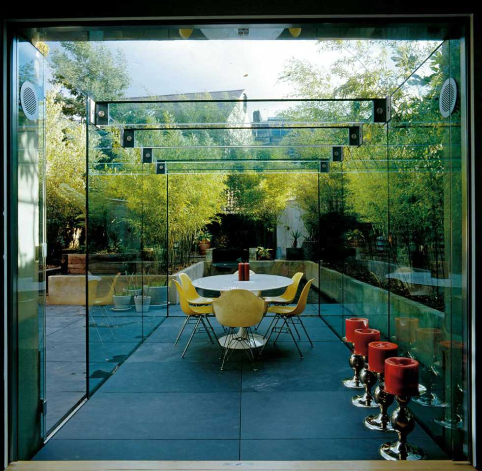 A glass extension