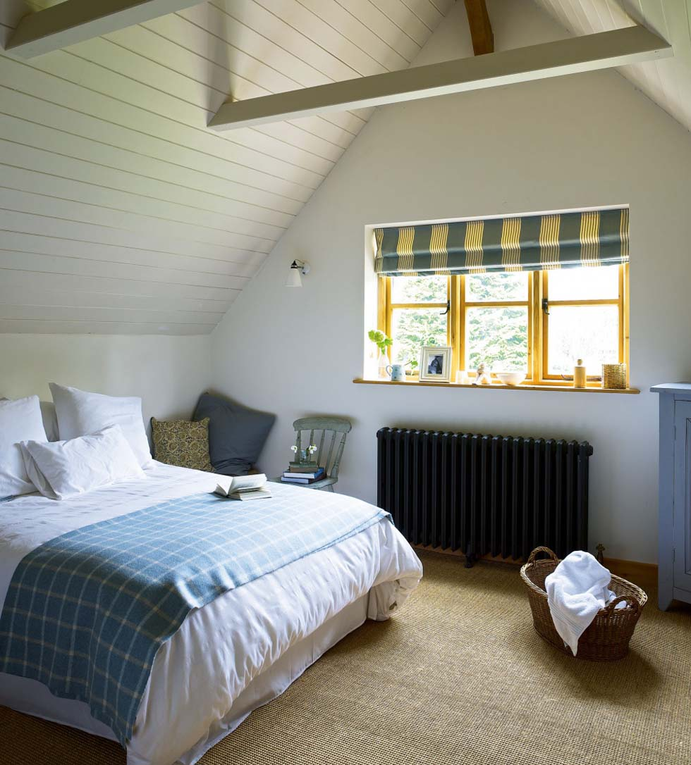 a modern oak cottage homebuilding renovating 15627 | modern oak cottage bedroom