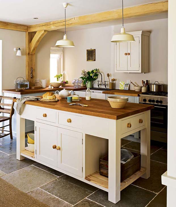 Country style kitchens gallery homebuilding renovating - Country style kitchen cabinets design ...