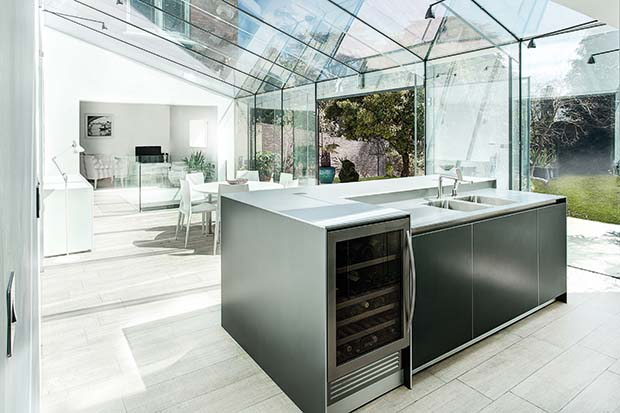 A glass extension to a period property in Winchester by AR Design