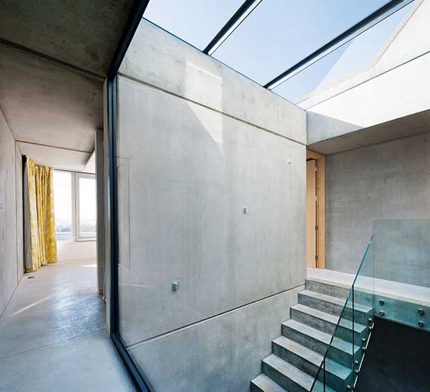 Concrete interiors homebuilding renovating for Precast concrete home designs