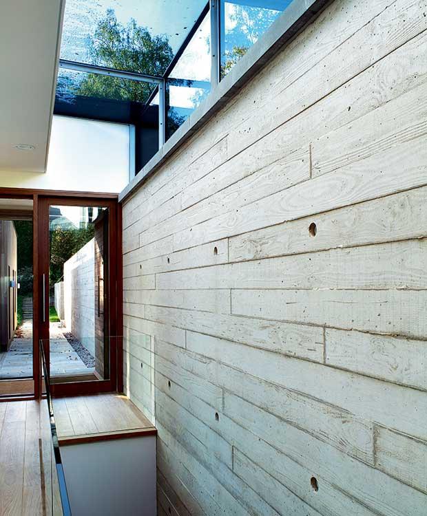 In-situ concrete wall cast in a timber frame