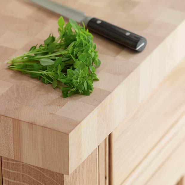 Maple worksurface from Rencraft