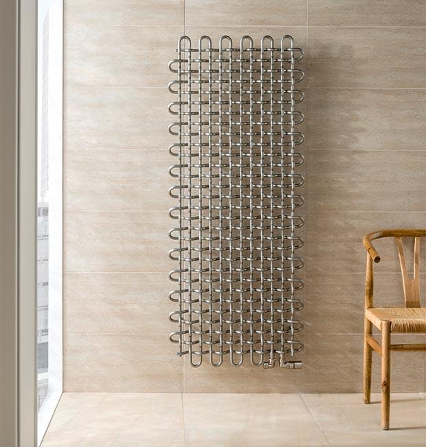 Iconics Lattic Steel vertical radiator by Jacek Ryn in Nickel Gloss