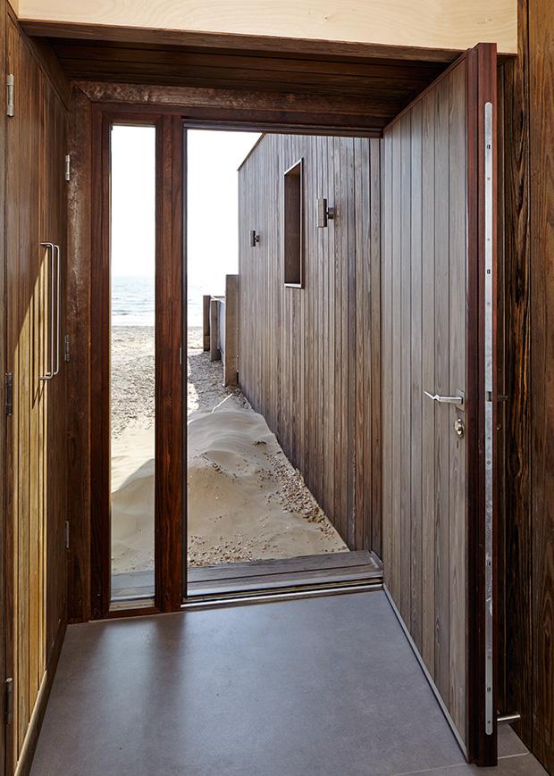 How To Fit An External Door Homebuilding Amp Renovating