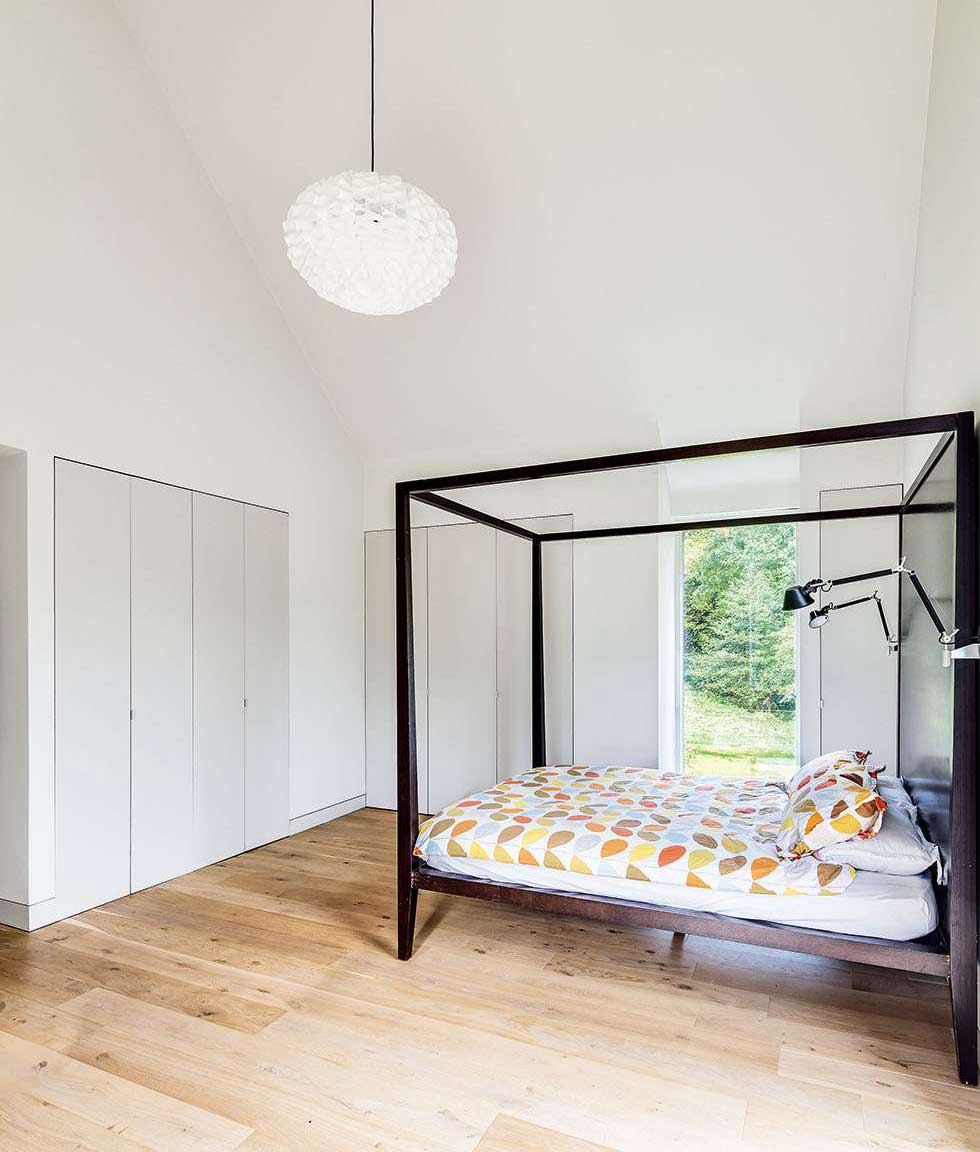 Bedroom with built-in storage