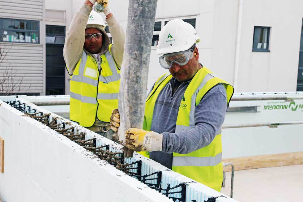 A guide to insulated concrete formwork homebuilding for Icf houses pros and cons