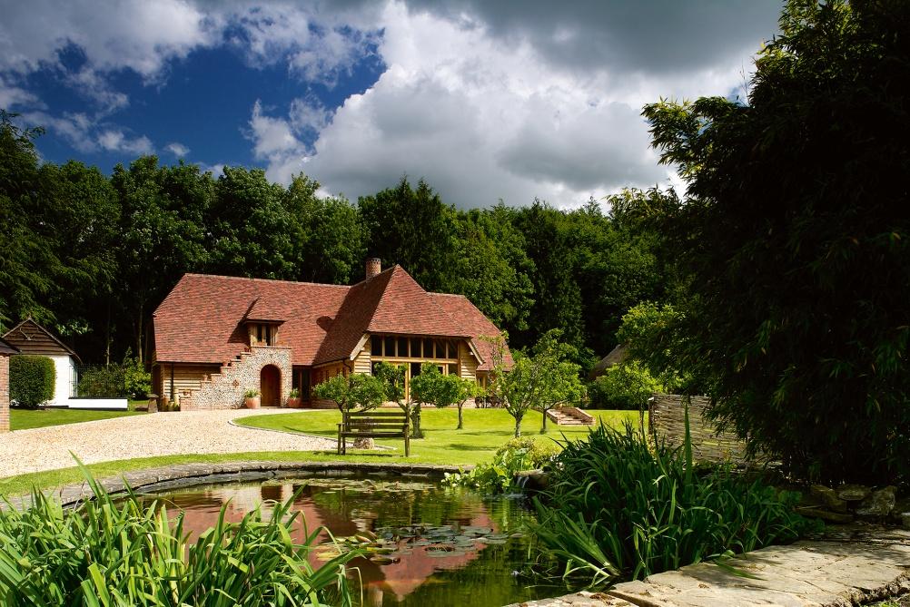 Oak frame home by Westwind Oak