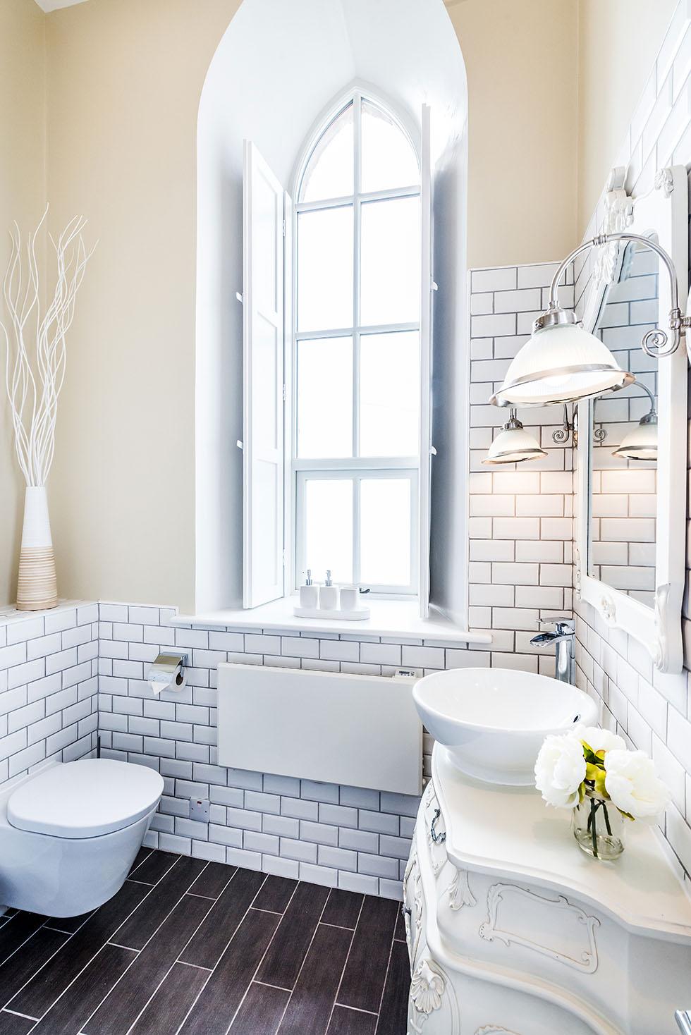 Camezind-chapel-conversion-bathroom-window
