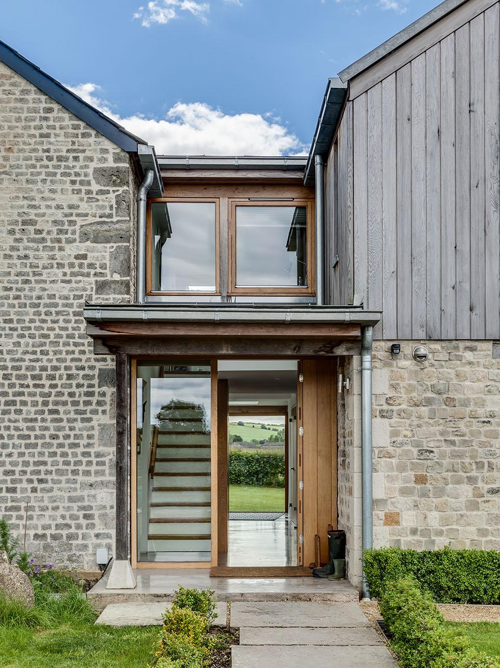 thompson-cottage-glazed-entrance