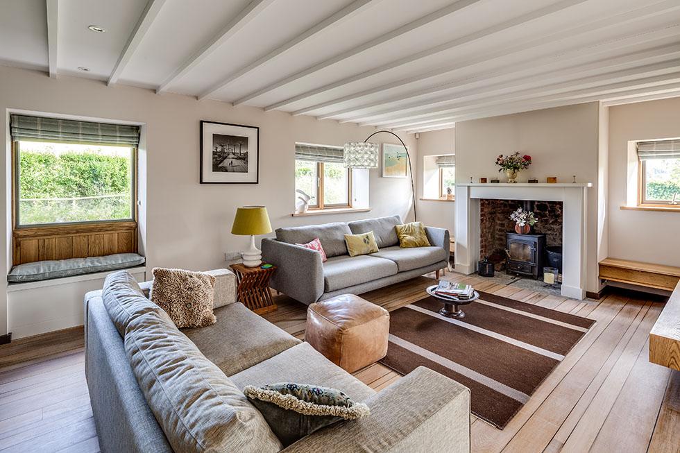 thompson-cottage-living-room