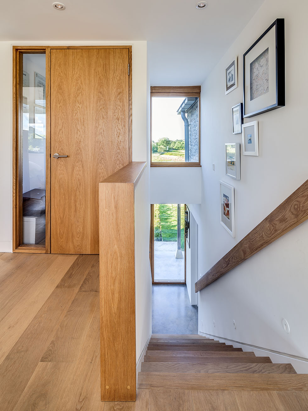 thompson-cottage-staircase-door