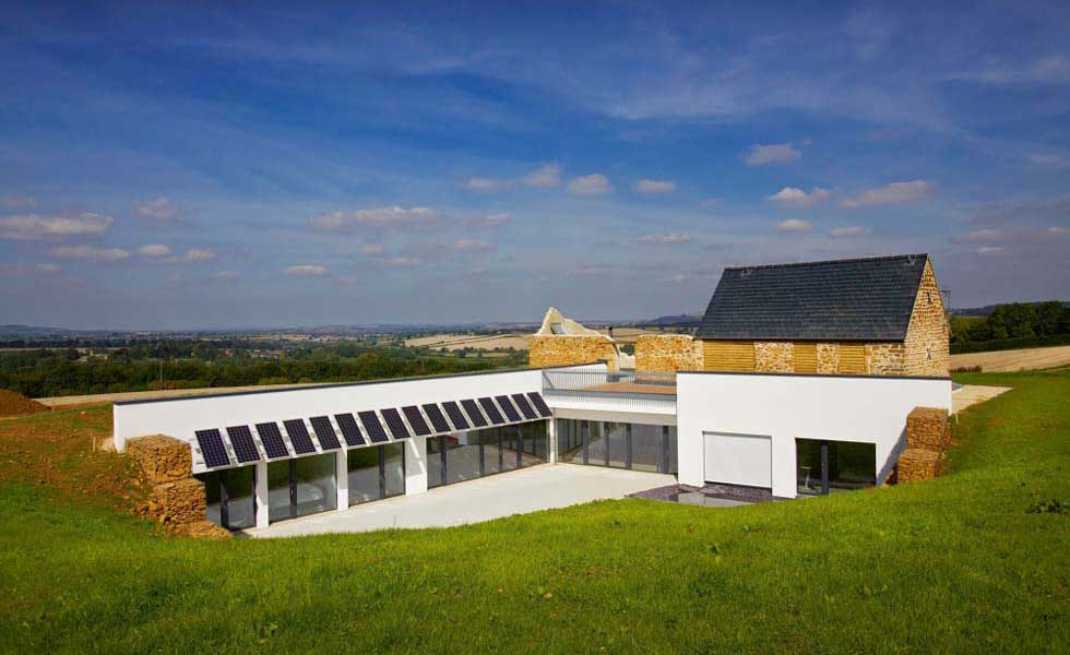 a home in the cotswolds built under paragraph 55 with old building and large low profile extension