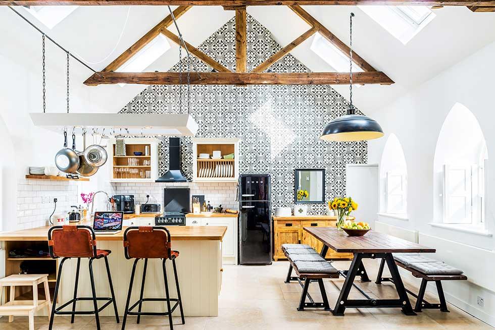 camenzind-converted-chapel-kitchen-diner