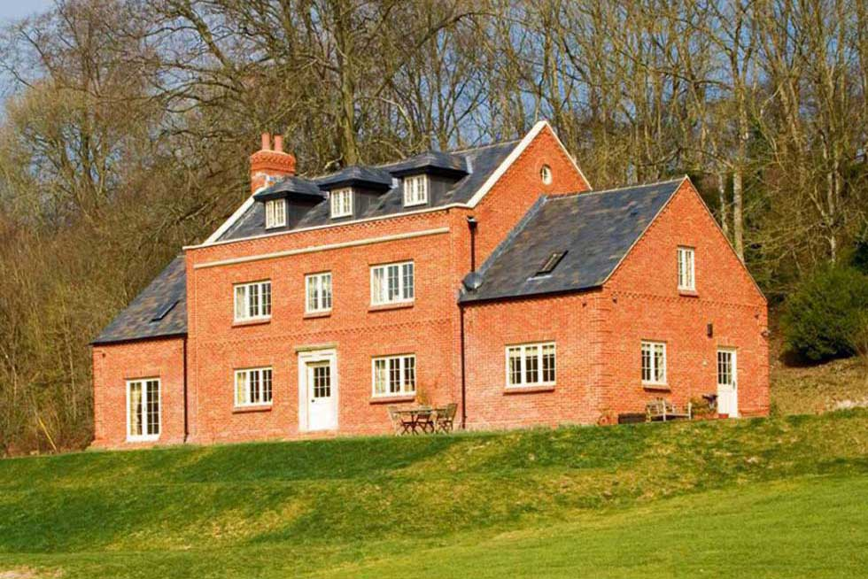 13 inspiring kit homes homebuilding renovating for Country homes to build
