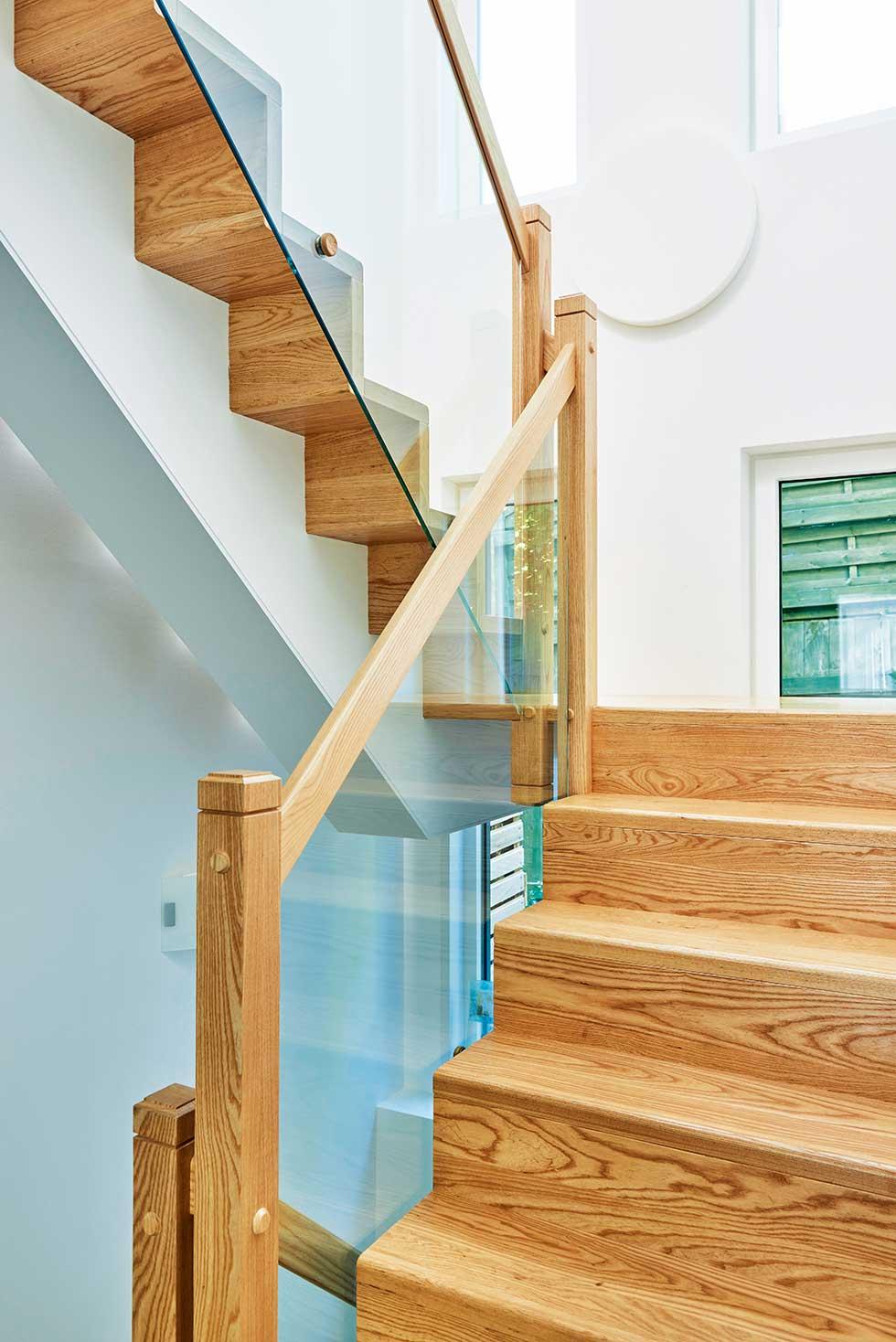 Baker-kit-stairs