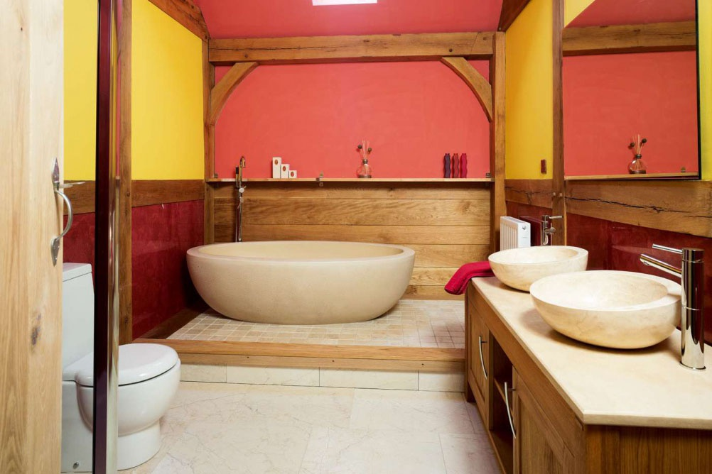 Beaumont-traditional-red-yellow-bathroom