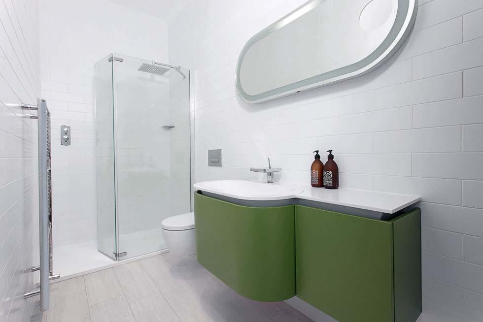 dudgeon-Frameless-Glass-Extension-Bathroom-green