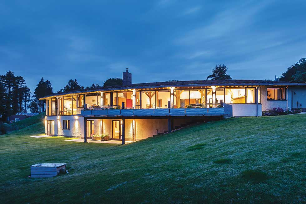 1a3-tyson-house-night-exterior-2