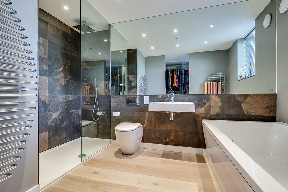 25 Modern Bathroom Mirror Designs: Homebuilding & Renovating