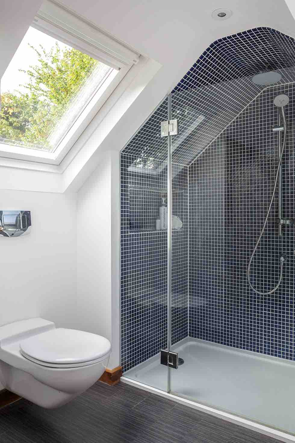 15 bathroom design ideas homebuilding renovating for Bathroom design 5m2