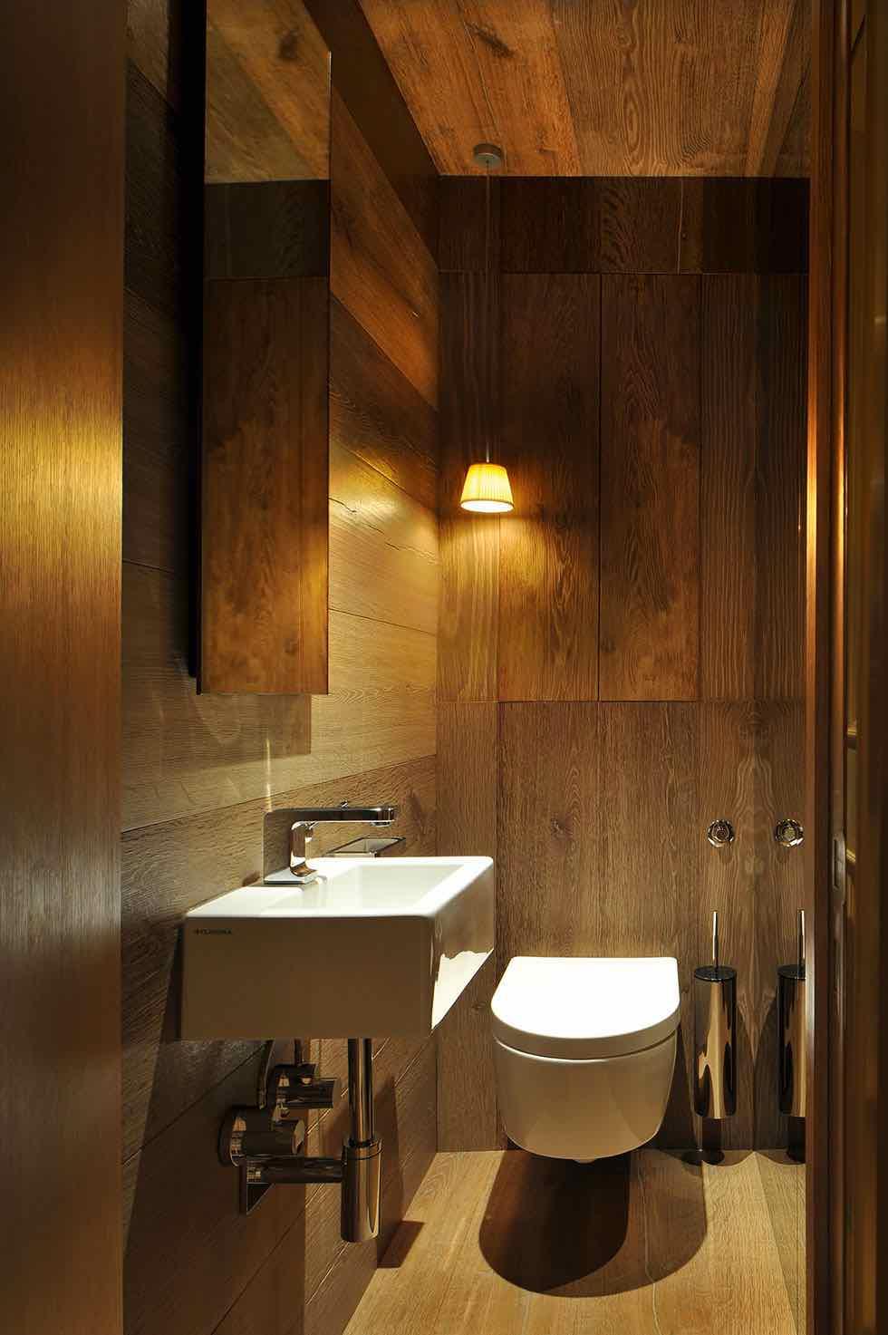 15 bathroom design ideas homebuilding renovating for 15 bathroom lighting ideas