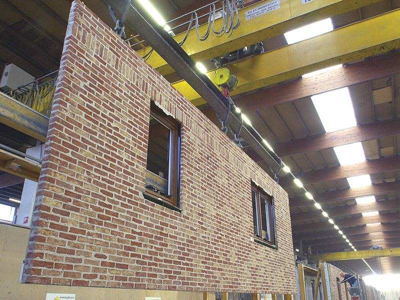 What are the advantages of prefabrication homebuilding