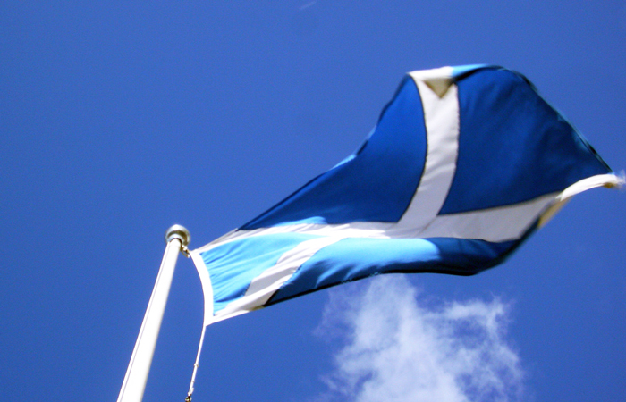 Scotland-Flag-700x450.jpg