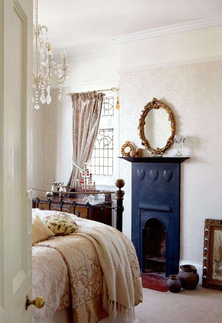 Bedroom in Victorian Edwardian home