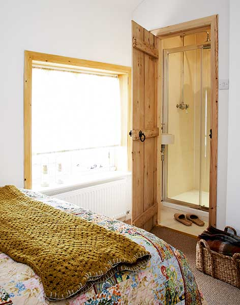 shower room in cottage bedroom