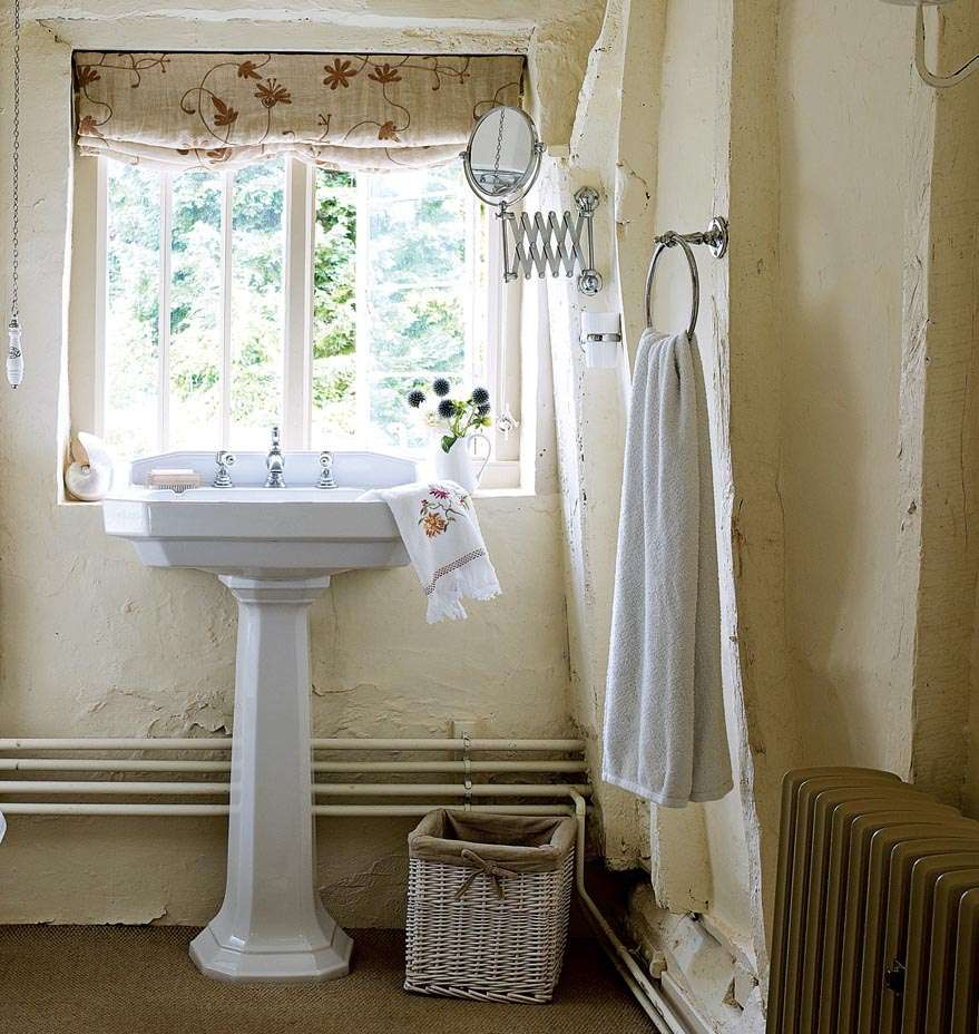 Bathroom in traditional 14th century home