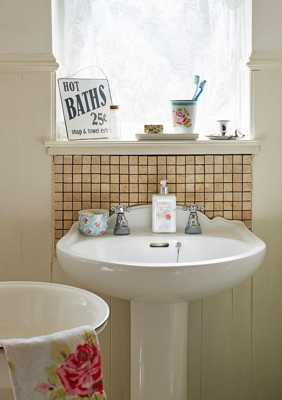 prescott-davies-bathroom