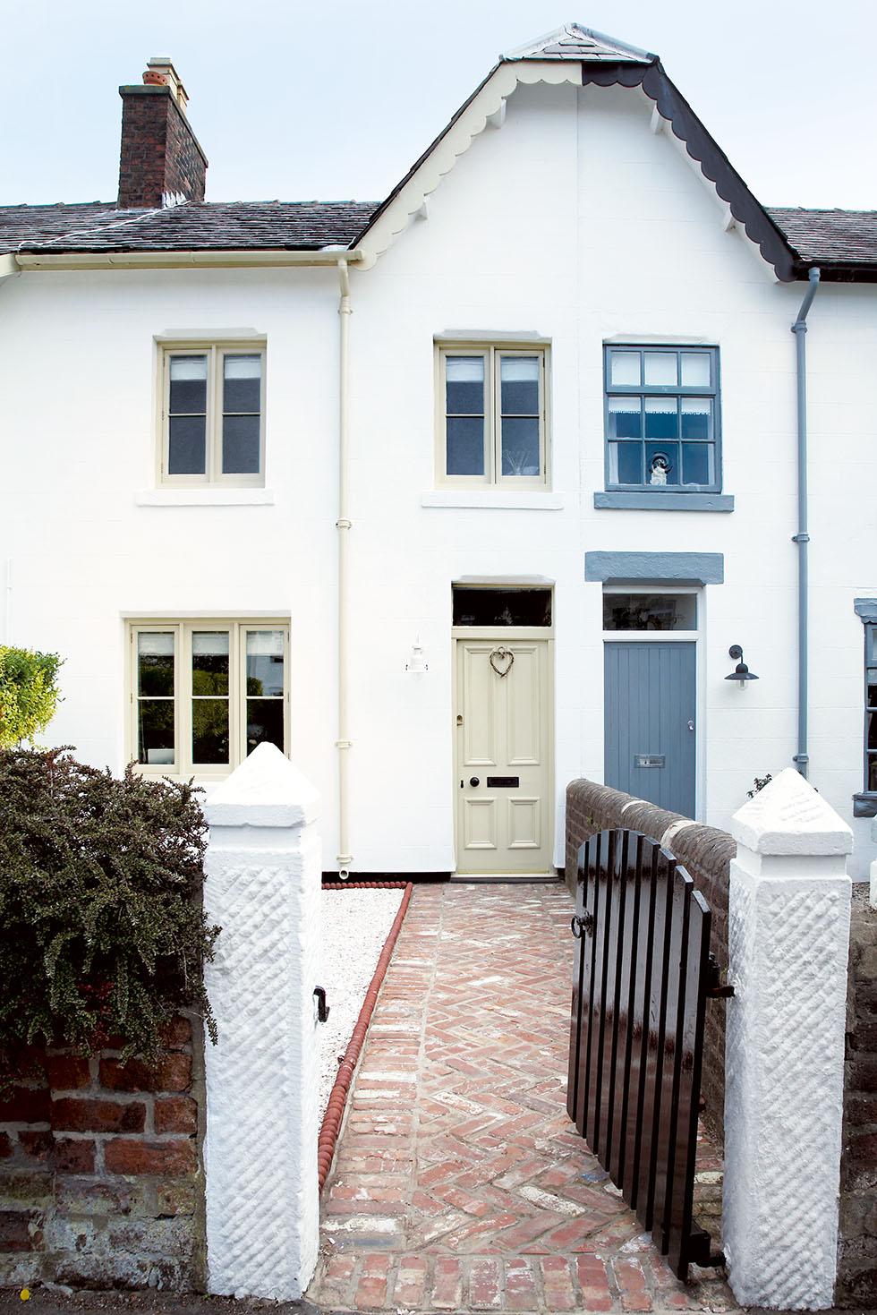 Victorian terraced house exterior design house and home for Terraced house exterior design