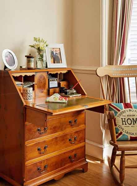 prescott-davies-wooden-bureau