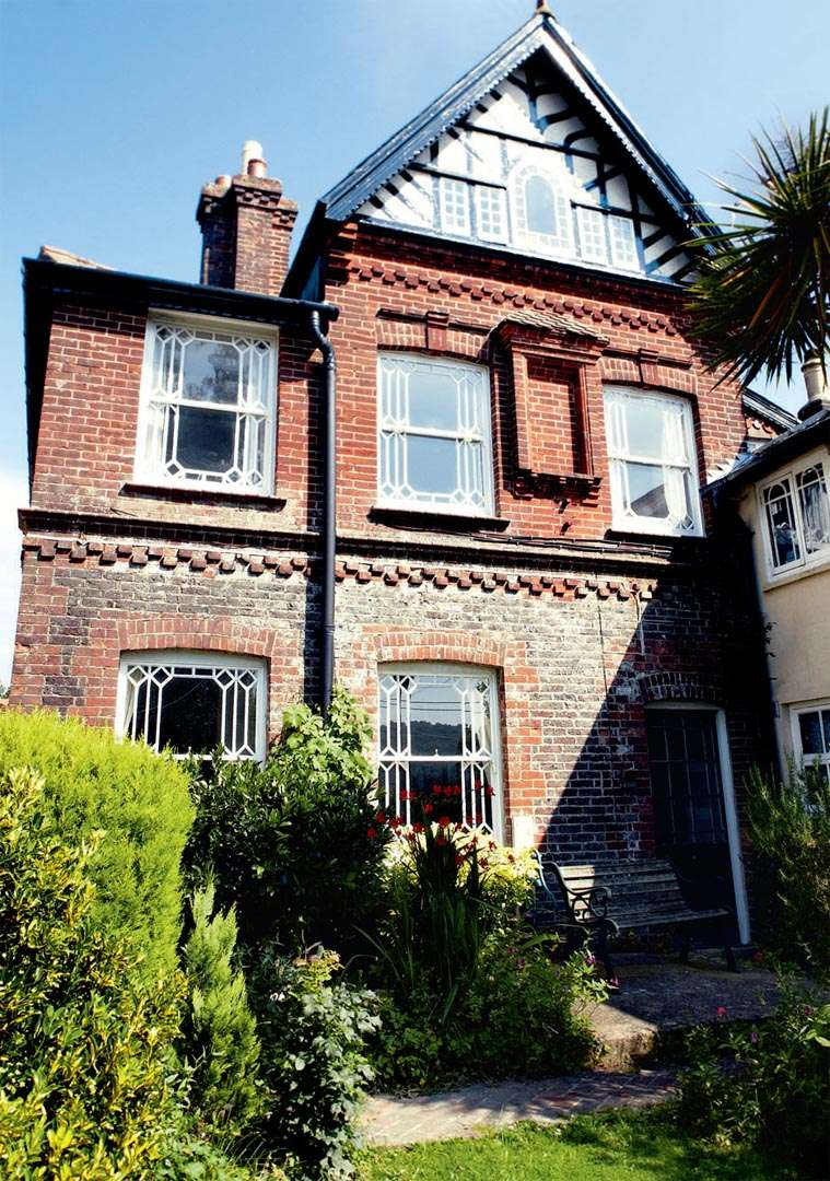 white-victorian-house-exterior