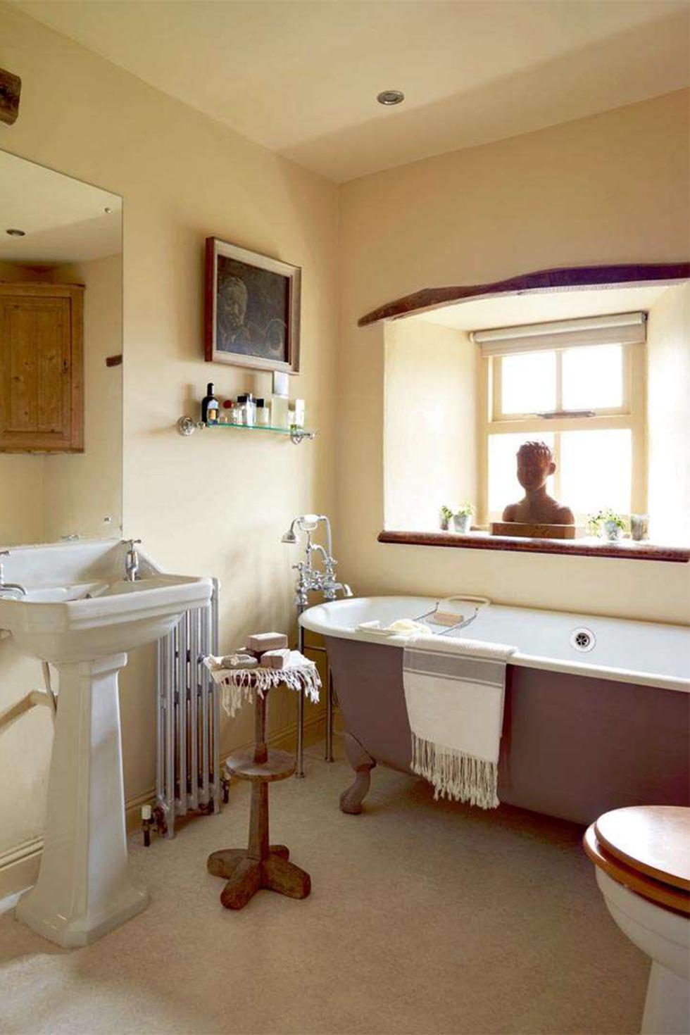 griffiths-bathroom
