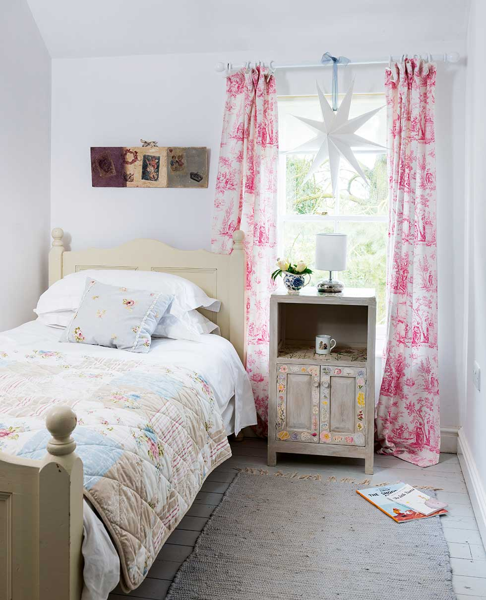 lewis-cottage-spare-bedroom