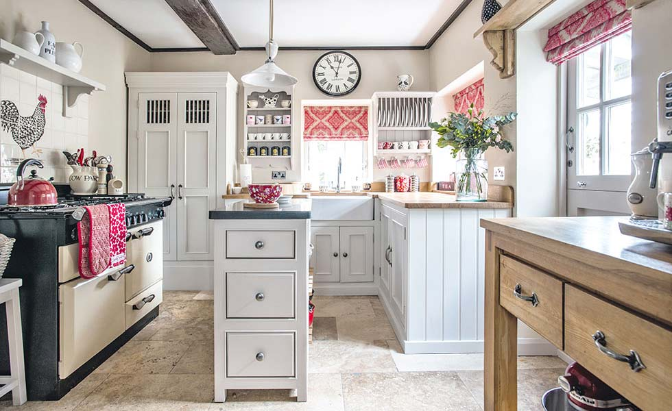 choosing an english kitchen - period living