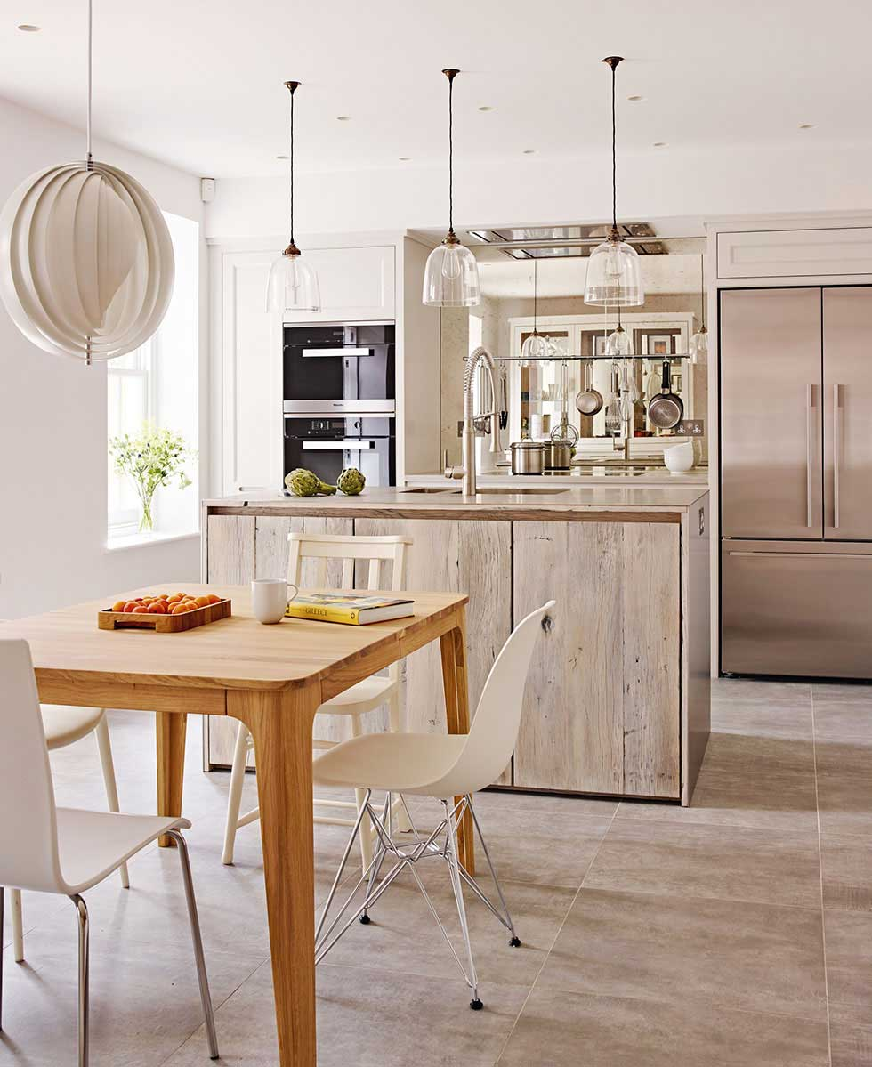 Choosing an English kitchen Period Living