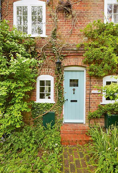 Country Cottage Front Doors Chic Galore Daily Mail