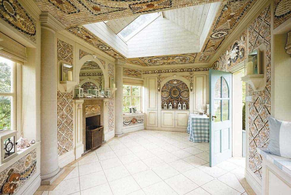 garden rooms interior decorated with shells