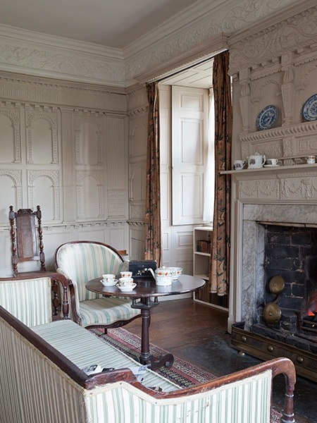 Chastleton house white parlour