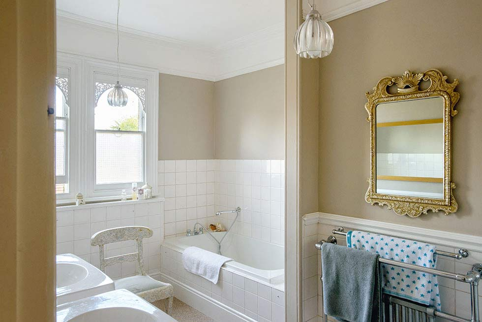 New 90 Small Bathrooms London Decorating Inspiration Of Small Bathroom Picture Of Radisson Blu