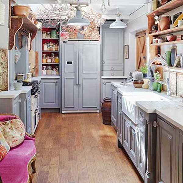 Beautiful small kitchen beautiful small kitchen awesome 25 for Beautiful small kitchen designs