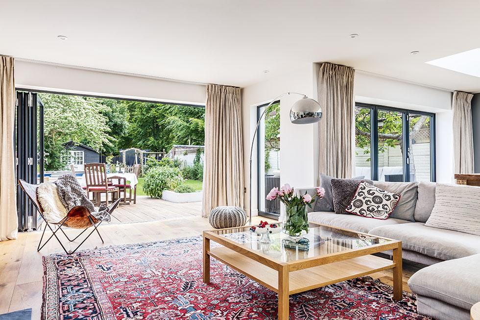 mckechnie-kitchen-living-room-glass-doors