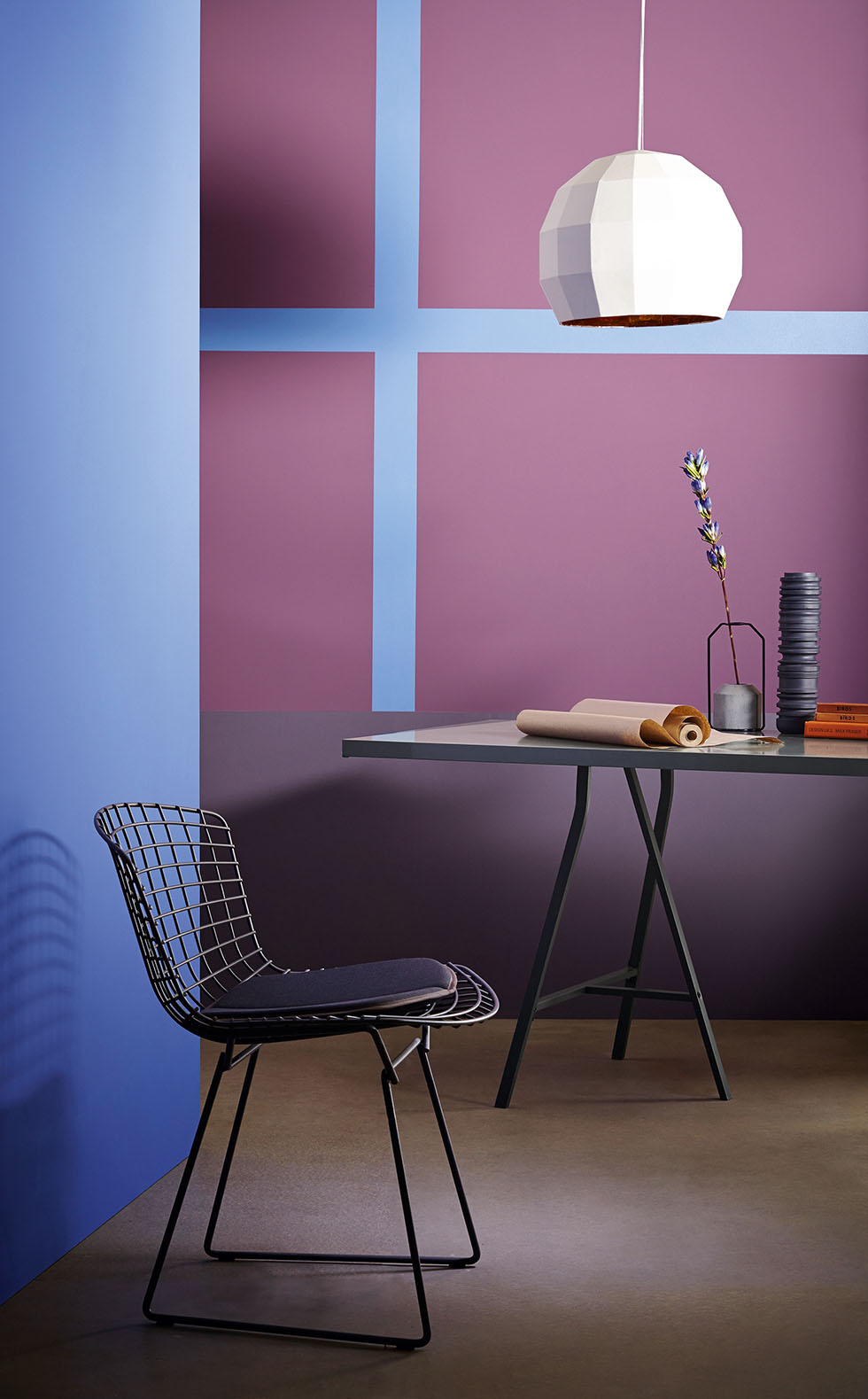purple-painted-wall
